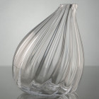 Vase penché Optic transparent de la marque Amadeus